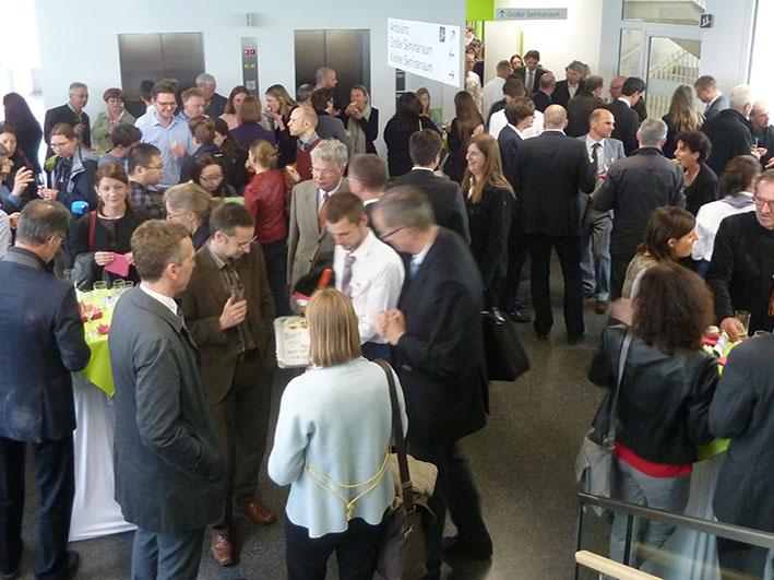 Nickl & Partner Architekten AG - Feierlichkeiten um die Einweihung - Eröffnung neues Centrum für Schlaganfall- und Demenzforschung München