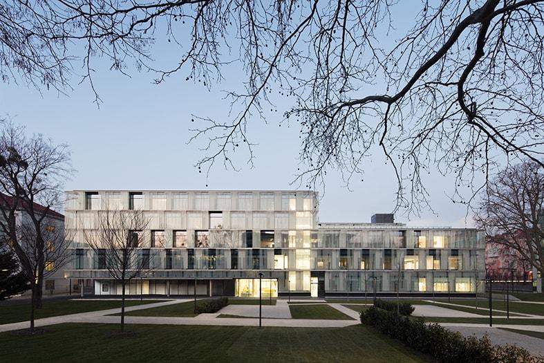 Gesamtansicht des Kaiser-Franz-Josef-Spitals, Nickl & Partner Architekten AG