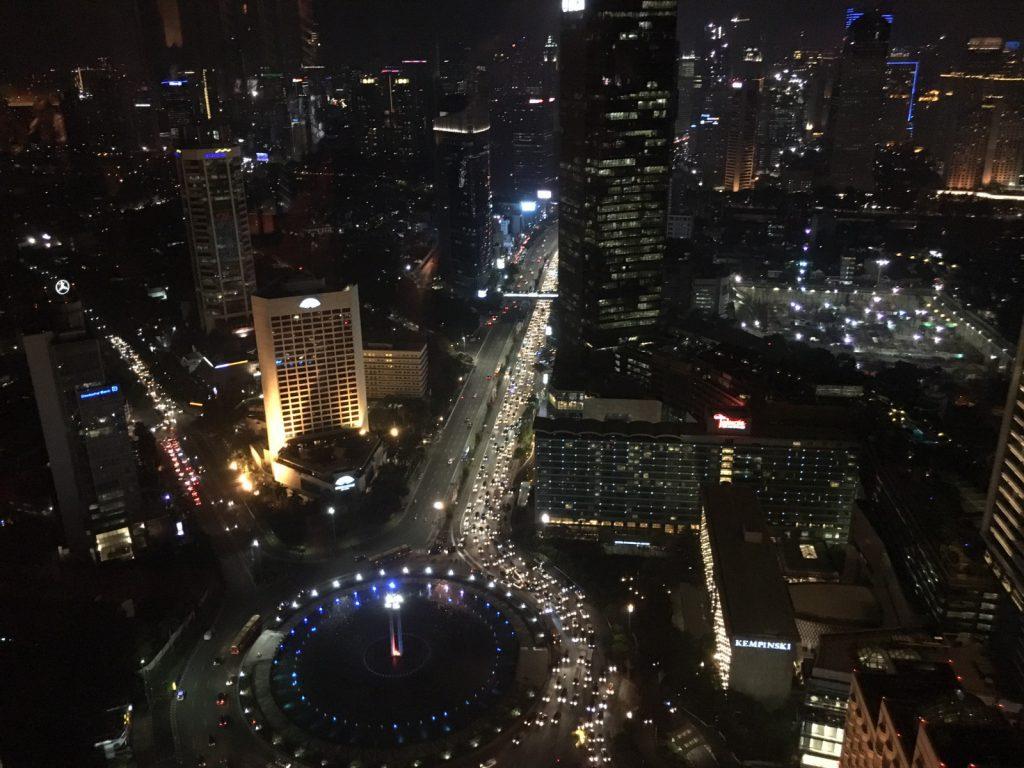 Jakarta bei Nacht, Foto: Nickl & Partner Architekten AG