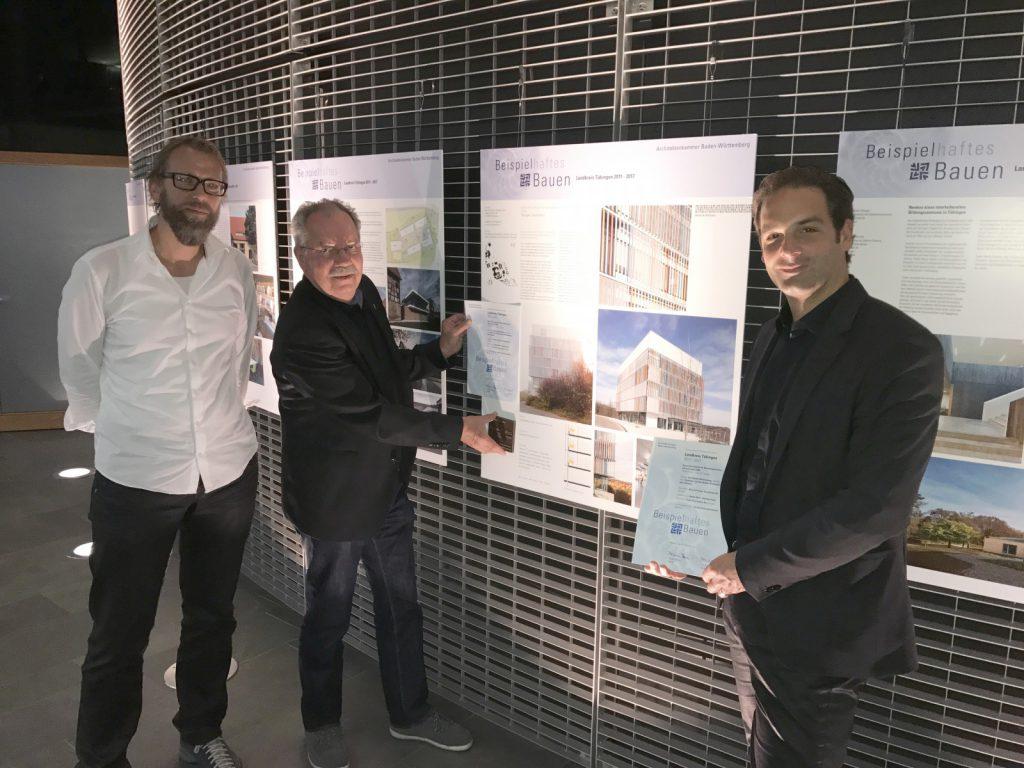 Dipl.-Ing. Harald Stieber M. Sc., Bernd Selbmann, Dominik Miksa mit der Auszeichnung