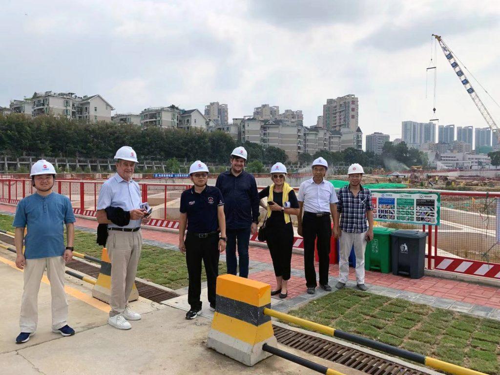 Besichtigung mit dem Bauherren über die Baustelle des Shenzhen 2nd Children's Hospital